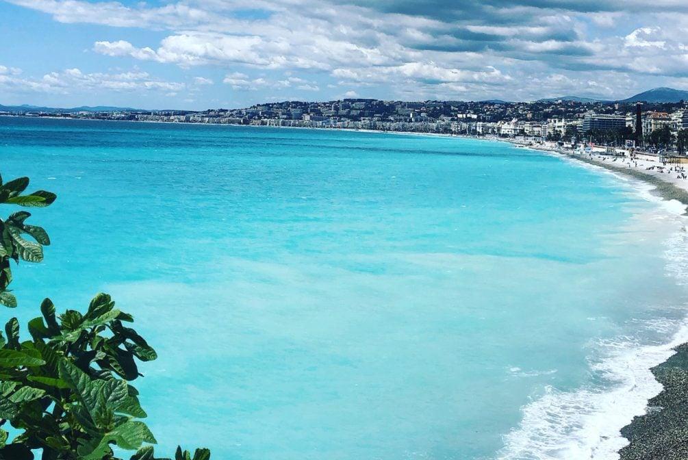 Voici une liste des plus beaux endroits sur Nice pour réaliser des belles photos le jour J. 1/ Le parc Chambrun , le temple de l'amour 2/ La cascade de Gairaut , Nice nord 3/ Le Jardin des Arènes de Cimiez 4/ La Château de Nice et sa cascade avec une vue panormaique sur la […]